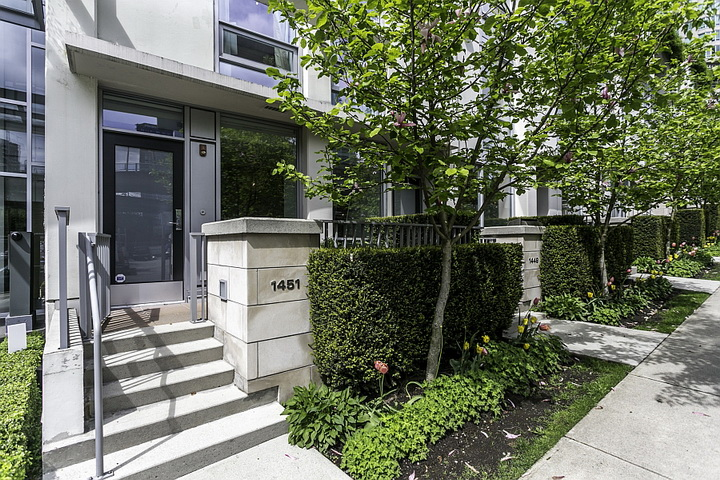 extreme-modern-loft-apartment (12)