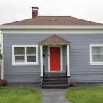 บ้านคอทเทจหลังสีเทา พร้อมภายในที่โล่งสบาย น่าอยู่อาศัยสำหรับทุกครอบครัว