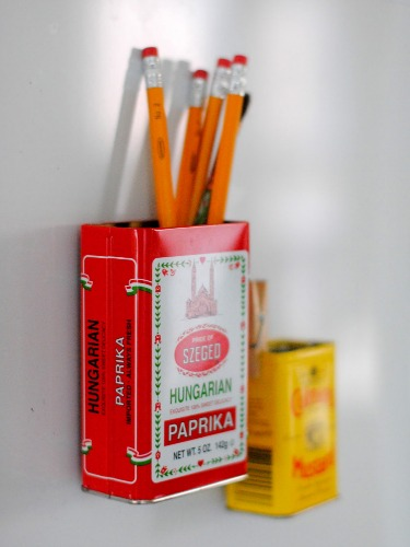 how-to-decorate-your-fridge-door (9)