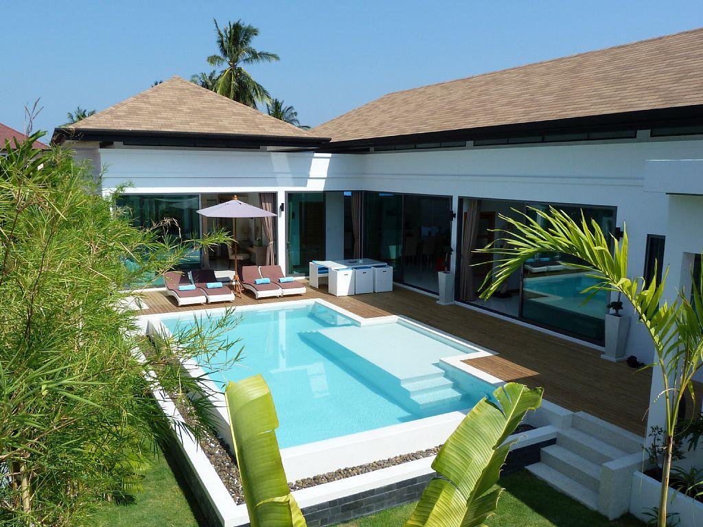 luxurious-5-star-villa-residence (10)