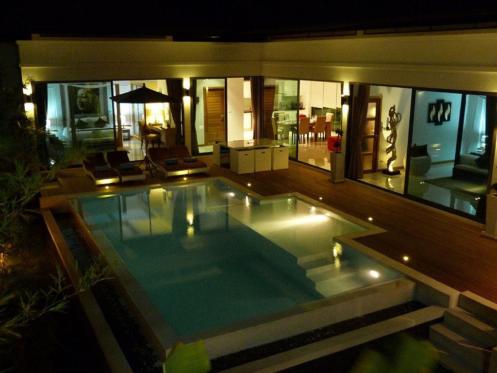 luxurious-5-star-villa-residence (4)