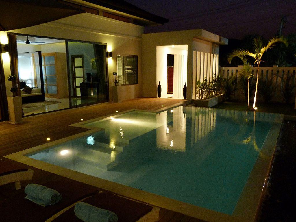 luxurious-5-star-villa-residence (6)