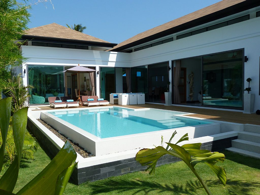 luxurious-5-star-villa-residence (9)