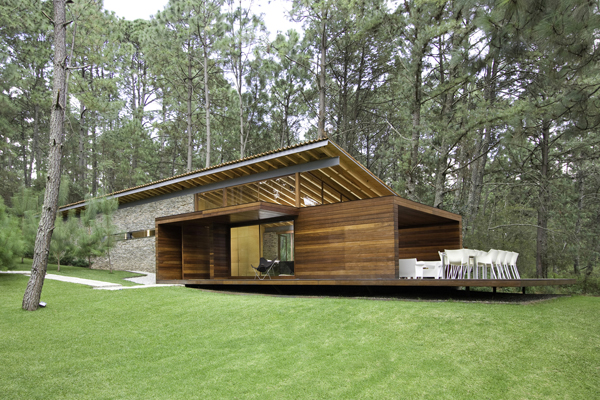 modern-country-wooden-decorated-house (1)