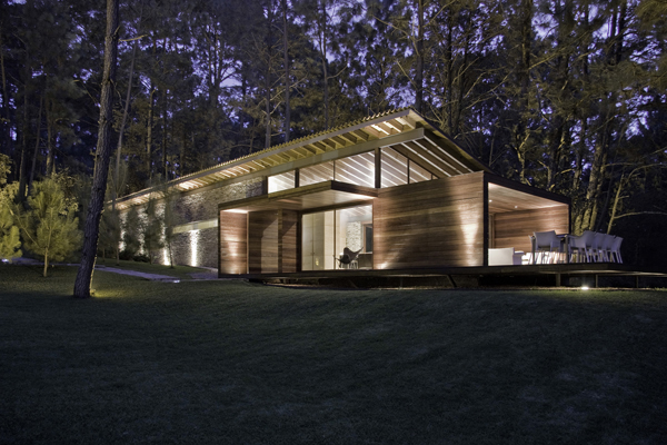 modern-country-wooden-decorated-house (24)
