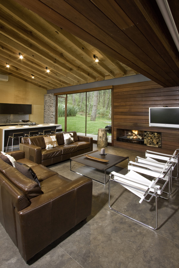 modern-country-wooden-decorated-house (4)