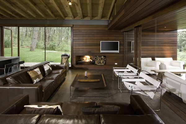 modern-country-wooden-decorated-house (5)