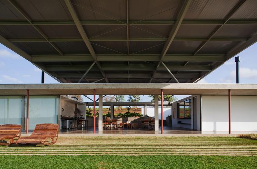 modern-glass-horizontal-retreat (2)