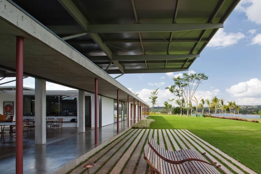 modern-glass-horizontal-retreat (5)