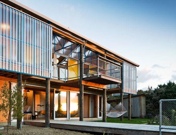 modern-hillside-residence (1)