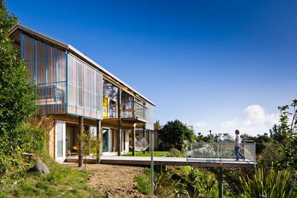 modern-hillside-residence (3)
