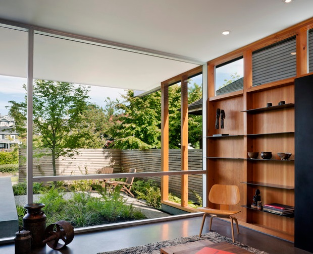 modern house with private garden (4)