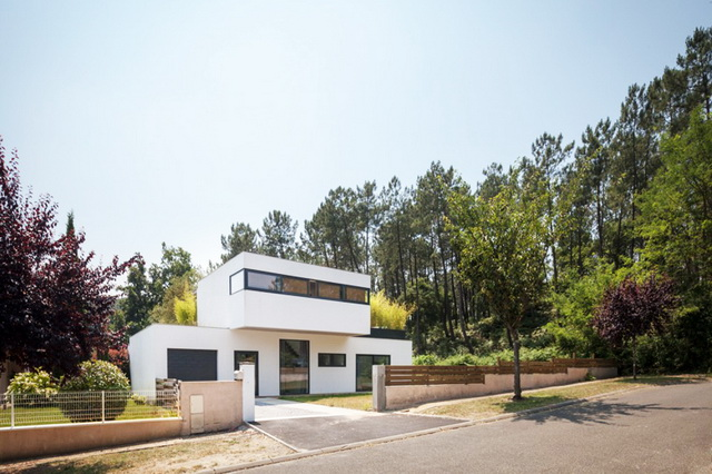 modern-villa-with-lovely-picturesque-site (8)