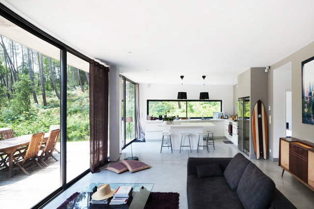 modern-villa-with-lovely-picturesque-site (9)
