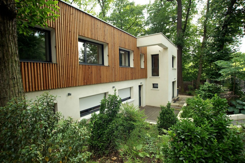 modern-wooden-eco-house-in-forest (3)