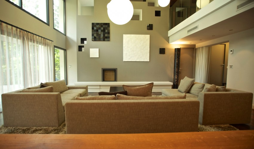 modern-wooden-eco-house-in-forest (7)