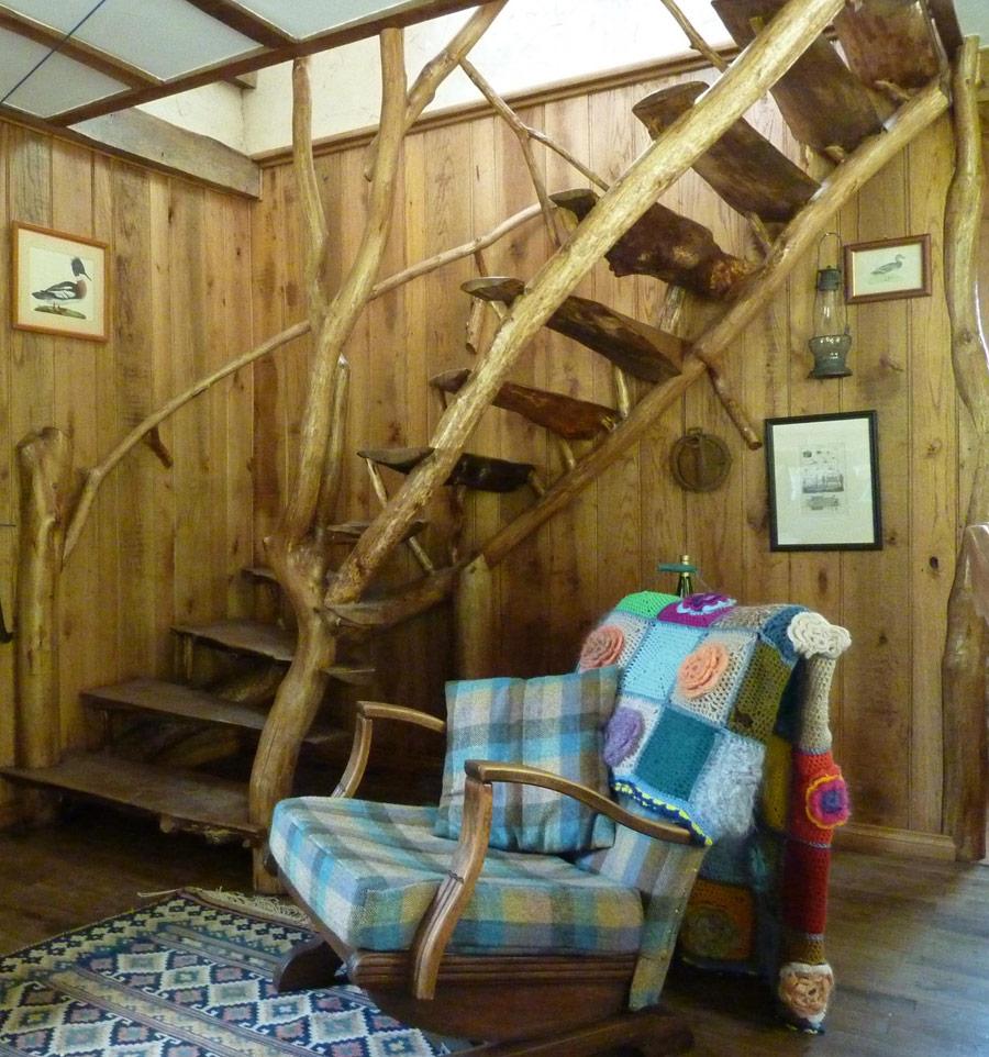 poachers-cabin-5