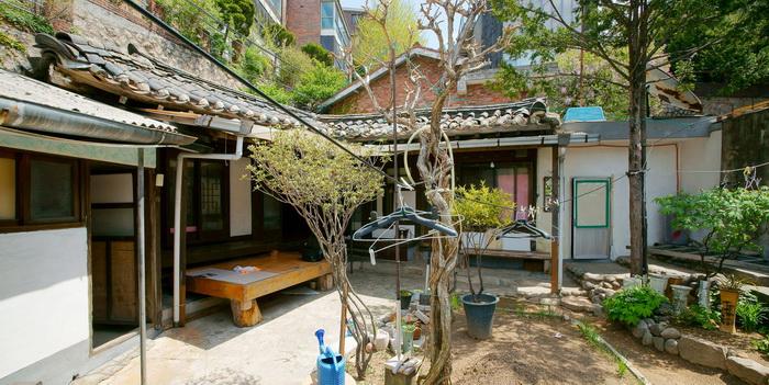 renovated-classical-korean-urban-residence (14)