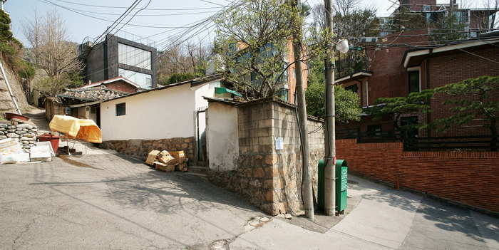renovated-classical-korean-urban-residence (18)