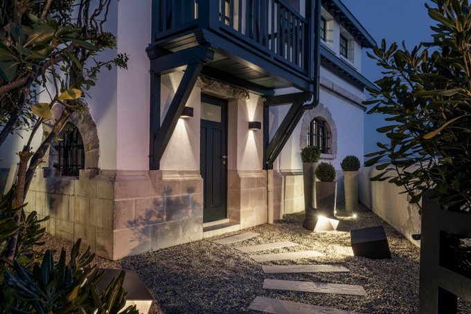 renovated classical modern house (17)