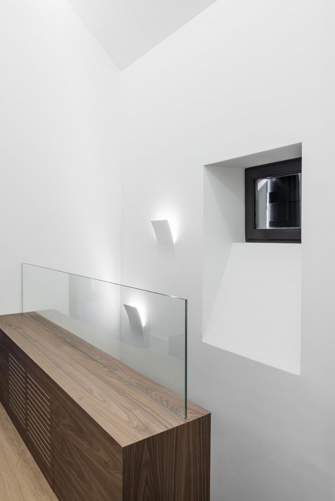 renovated classical modern house (8)