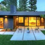 บ้านปูนขนาด 2 ชั้น พร้อมโรงจอดรถ ออกแบบอย่างมีสไตล์ ด้วยแนวคิดทันสมัย