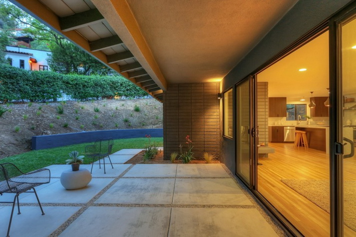 stylish modern concrete house (4)