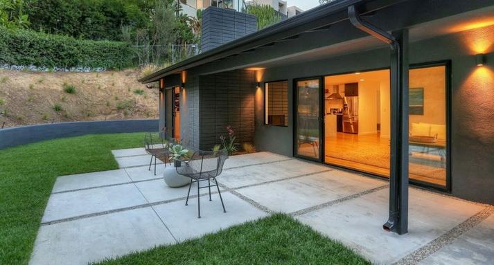 stylish modern concrete house (5)