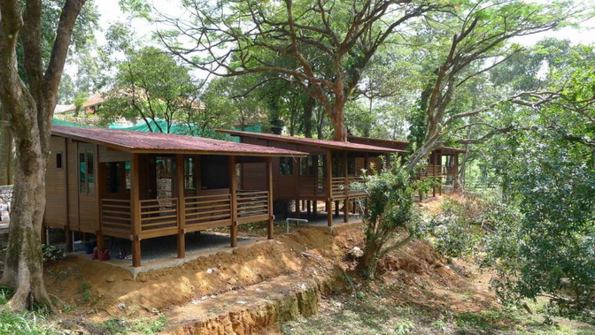 tea platation guest cabin (18)