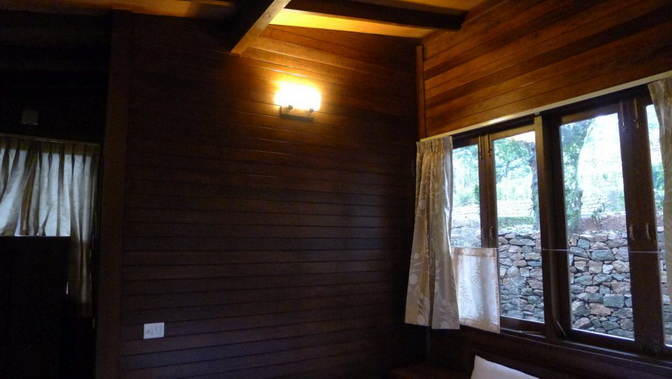 tea platation guest cabin (22)