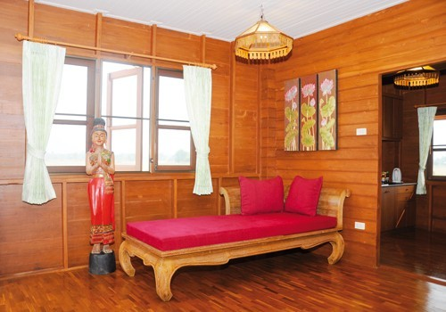 thai-classical-basement-cabin (3)
