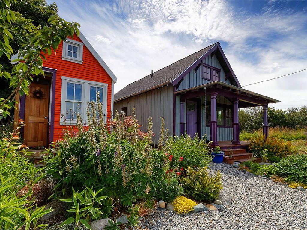 tiny-orange-wooden-cottage (5)