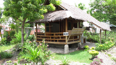 traditional native fan cottage (5)