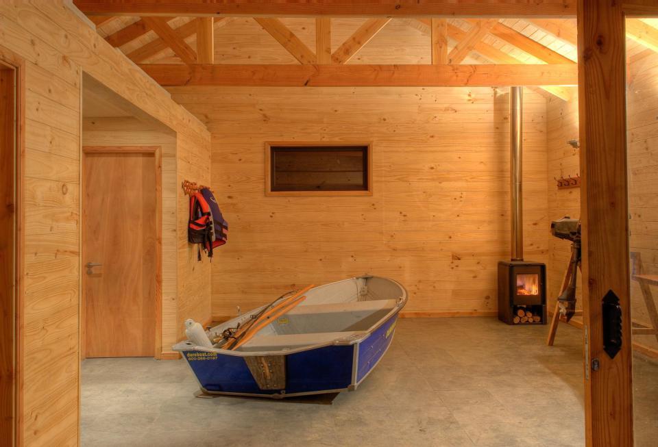 villa cabin modernised house (4)