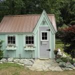 กระท่อมน้อยในสวน ออกแบบเป็นห้องทำงานเอนกประสงค์ก็ดี หรือห้องเก็บของก็เข้าท่า