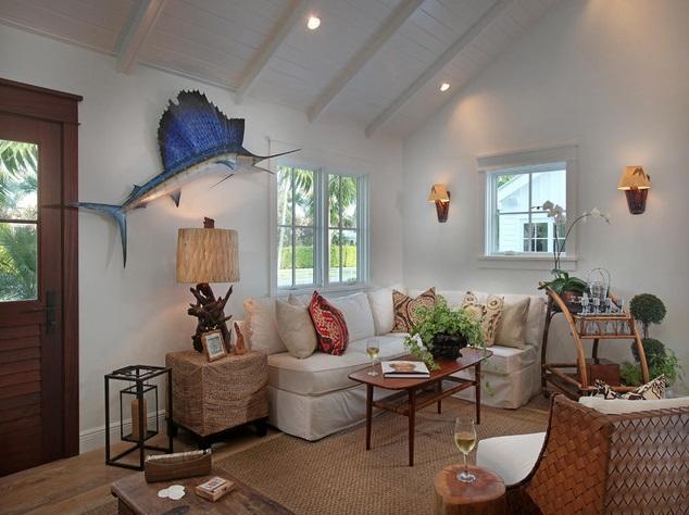 white coastal cottage (2)