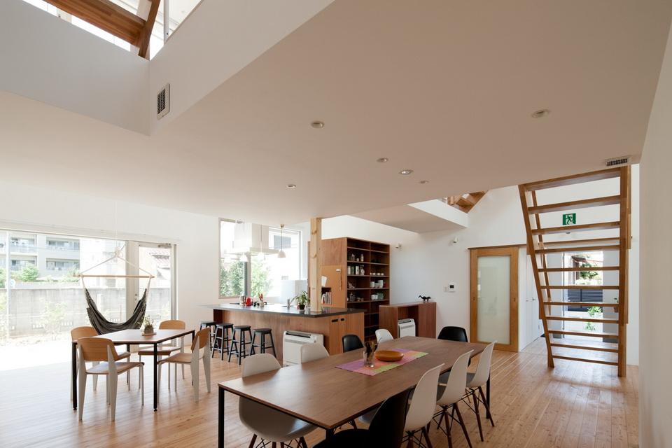 white loft apartment (11)