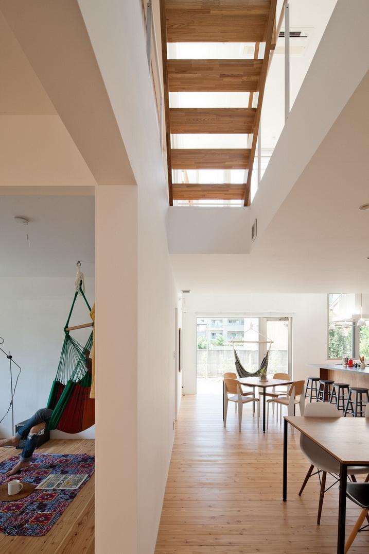 white loft apartment (12)