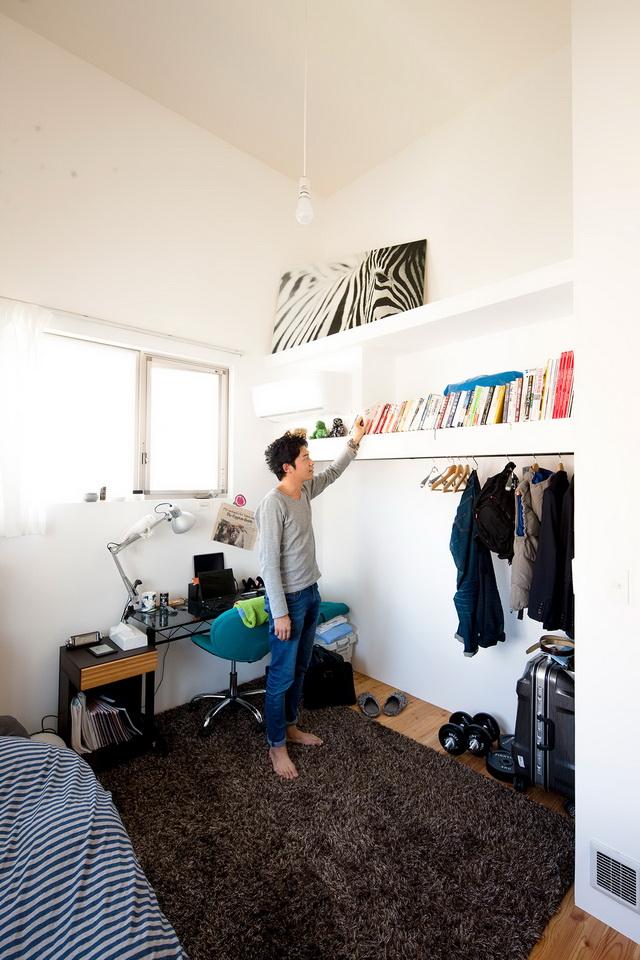 white loft apartment (15)