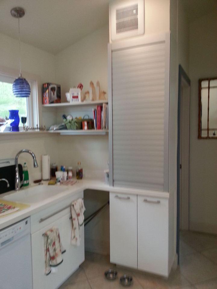 white-plain-cozy-cottage (10)