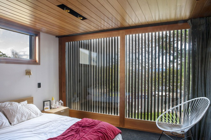 wooden glass house  (14)