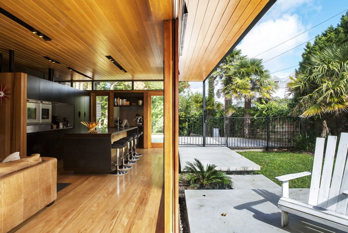 wooden glass house  (5)