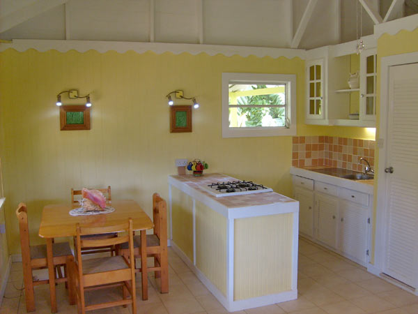 yellow carribean cottage (4)