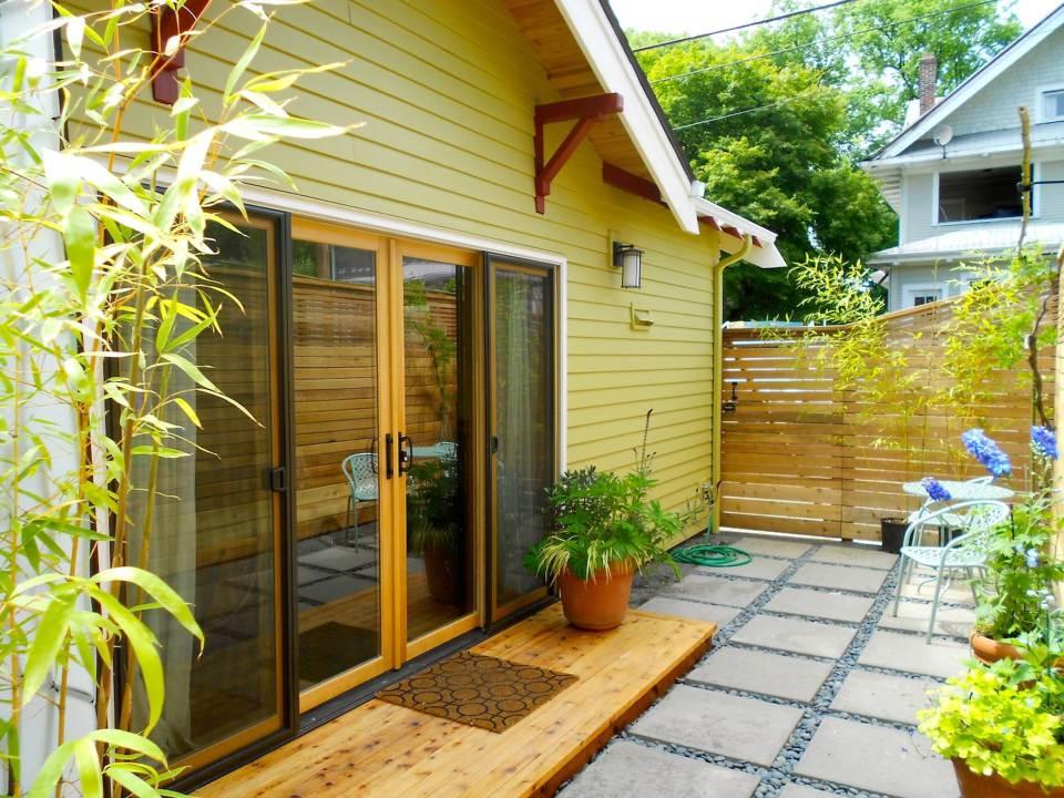 yellow cozy cottage (3)
