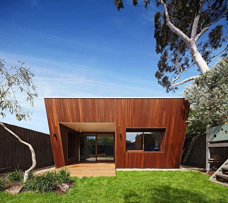 001-thornbury-house-mesh-design-projects