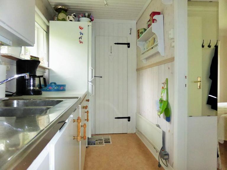 1-floor-blue-cottage (16)