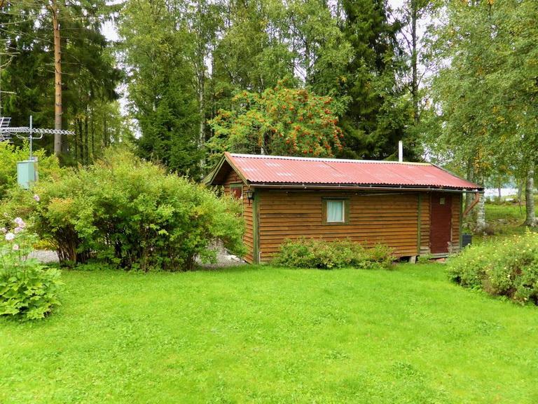 1-floor-blue-cottage (3)