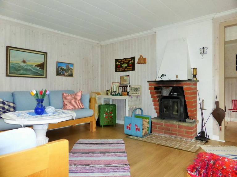 1-floor-blue-cottage (7)