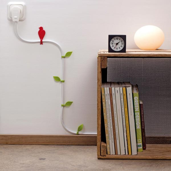 15-creative-ideas-how-to-hide-the-cables-in-your-home (2)