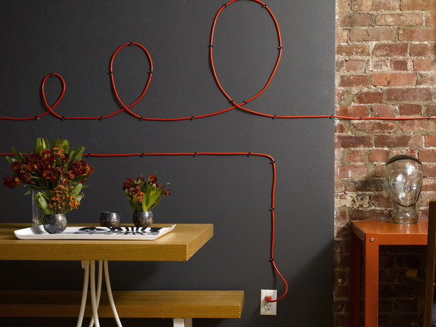15-creative-ideas-how-to-hide-the-cables-in-your-home (9)